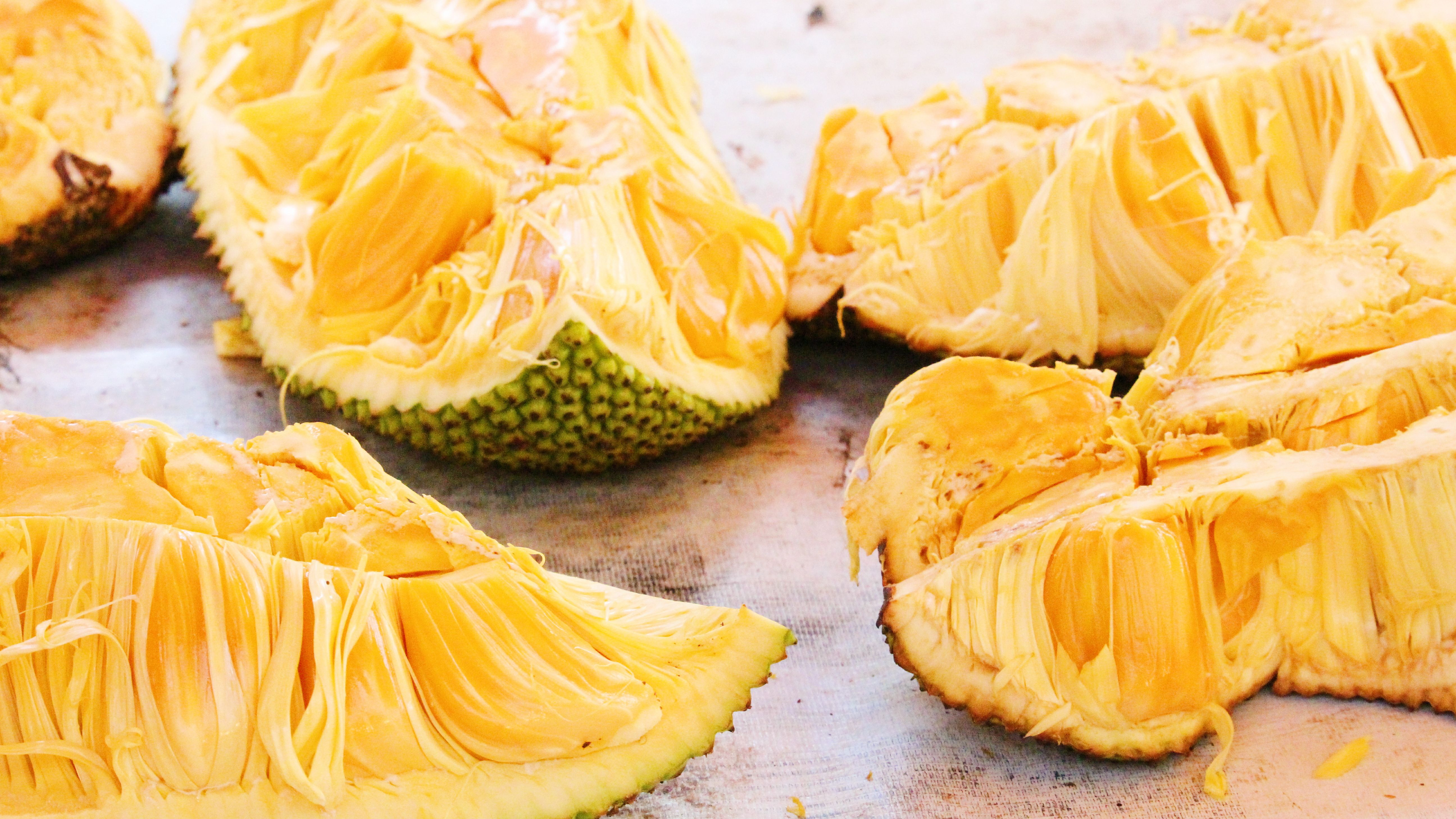 How to Prepare and Cook Jackfruit