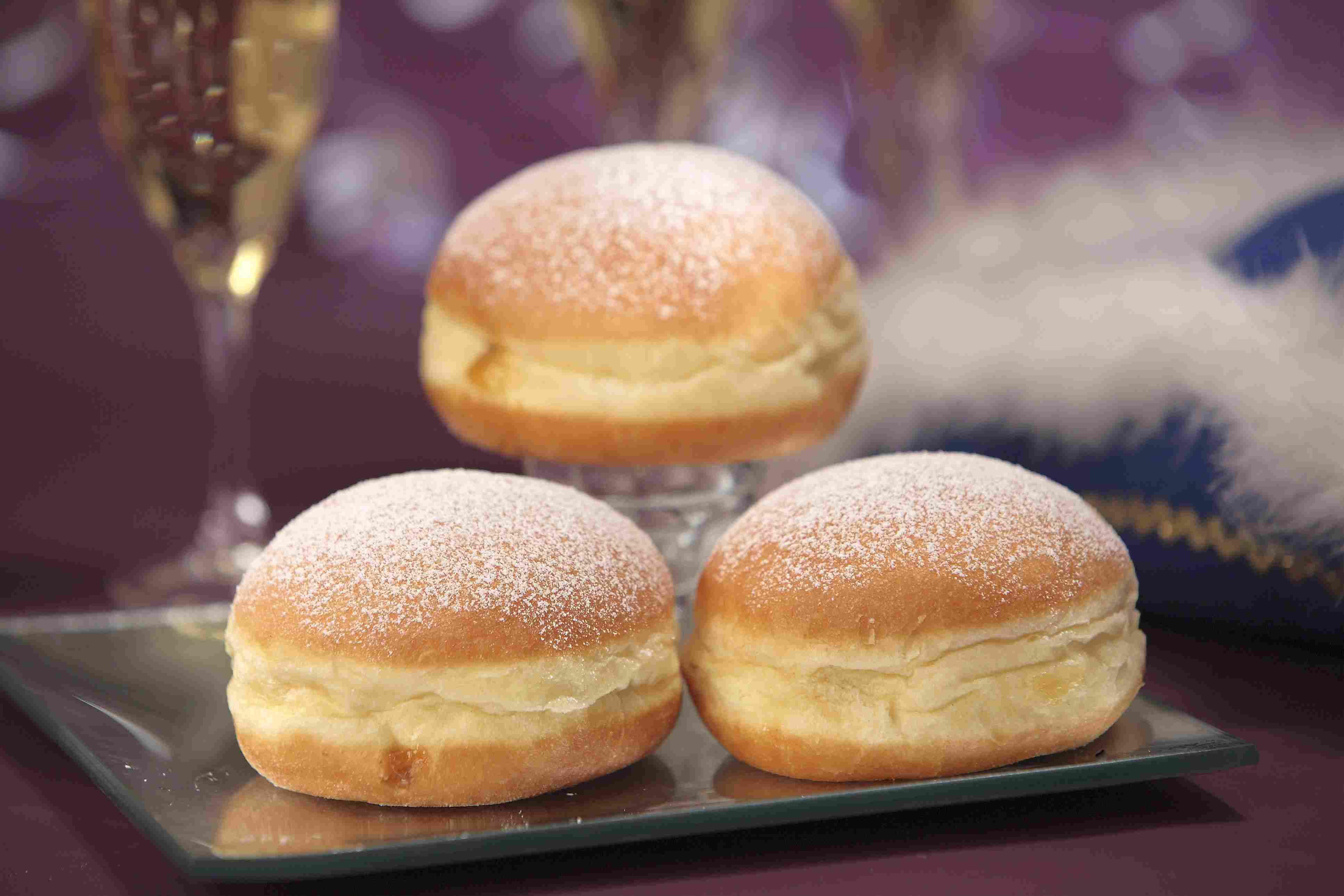 Lithuanian Doughnuts - Spurgos