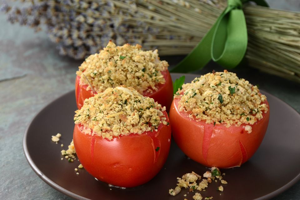 Stuffed tomatoes topped with breadcrumbs