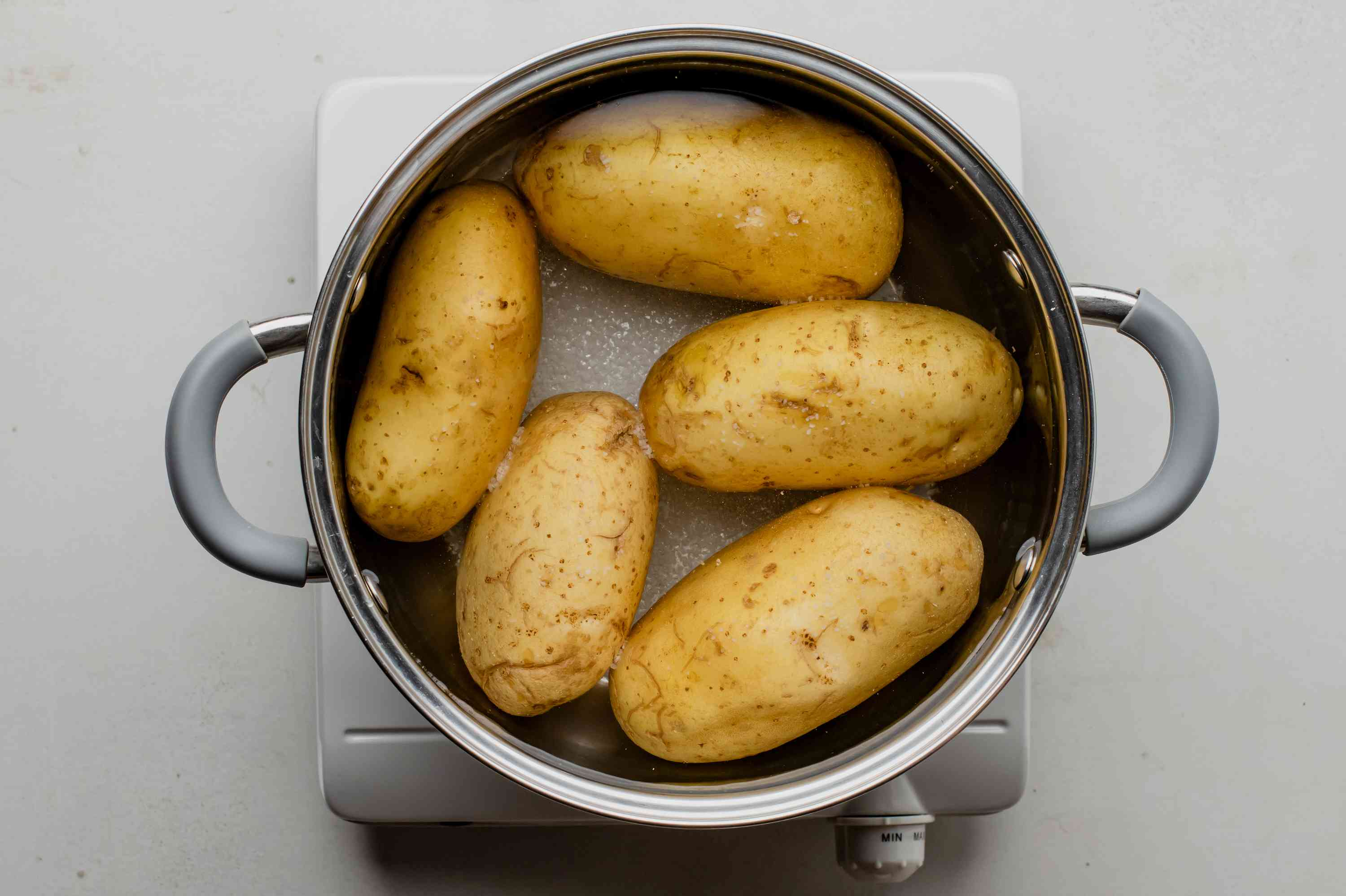Parboiling potatoes