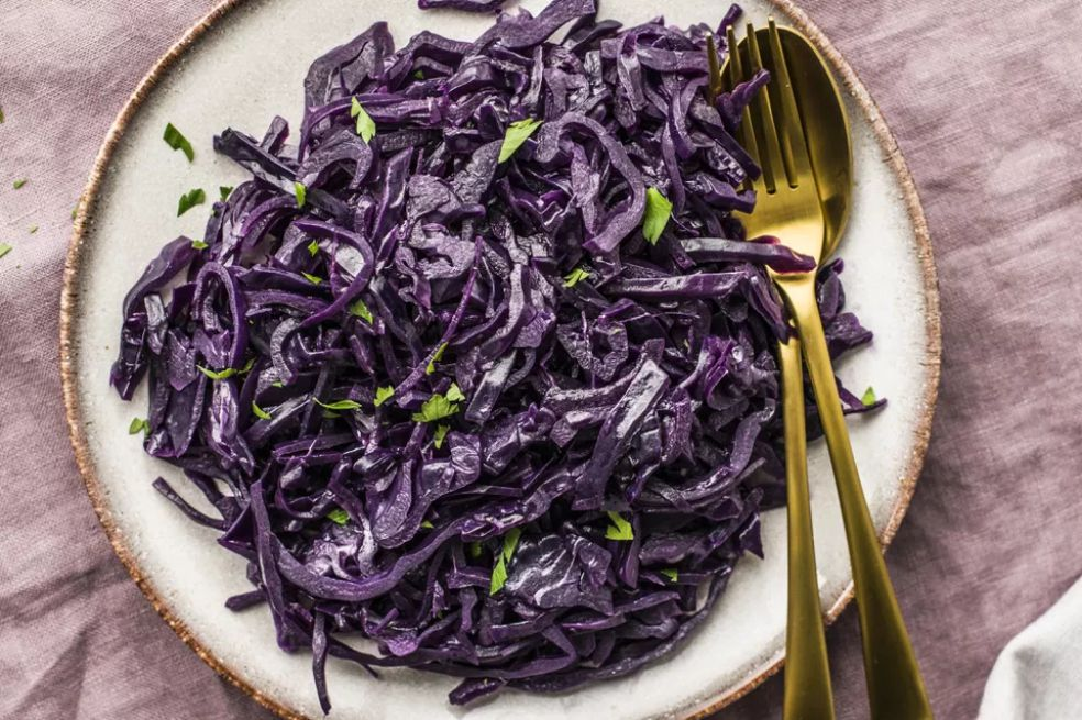 Polish Sweet and Sour Braised Red Cabbage