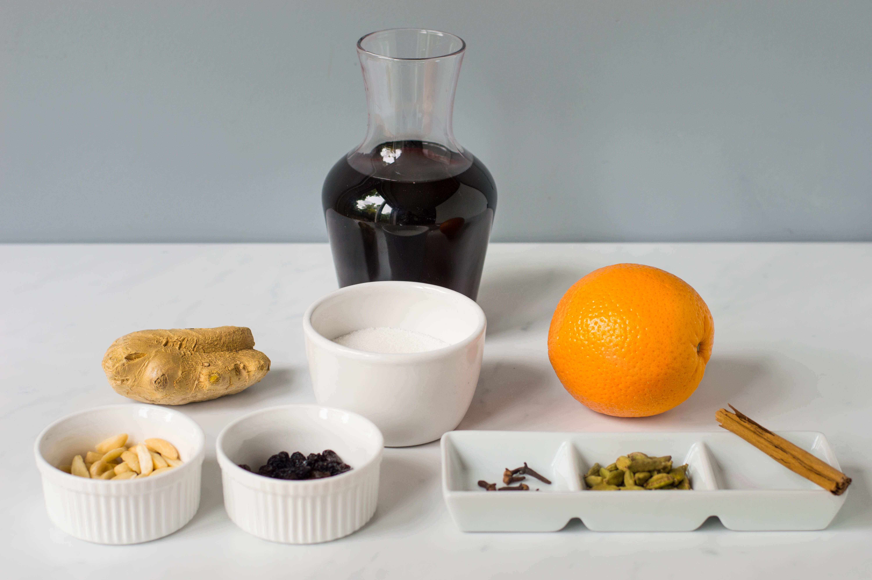 Traditional Glögg recipe ingredients