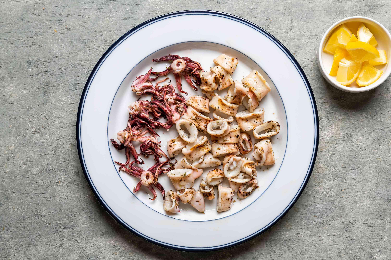 Grilled Calamari - Kalamari tis Skaras served with lemons