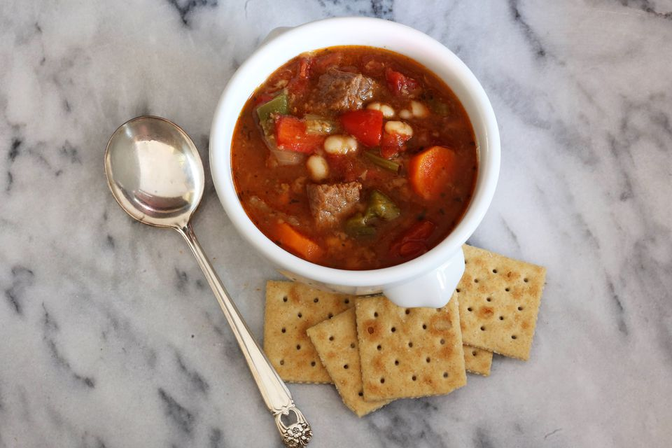 Crock pot beef and bean stew