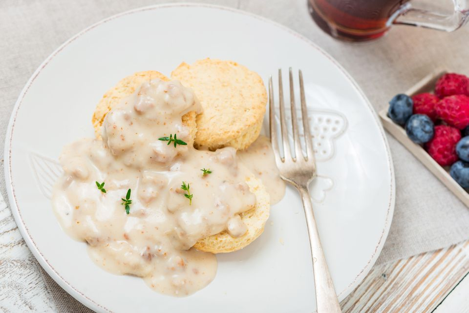 how to make homemade southern biscuits and gravy