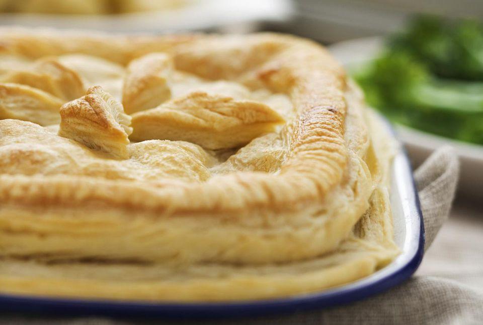 Puff pastry pie