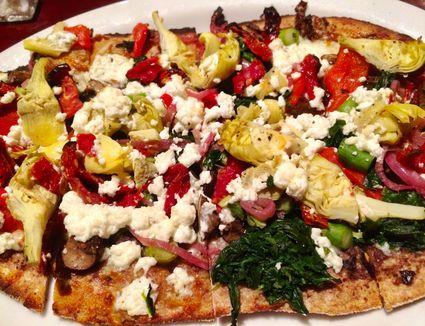 Pizza Greek Style
