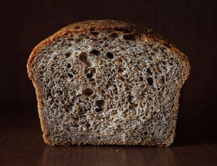 Quinoa Oatmeal Bread