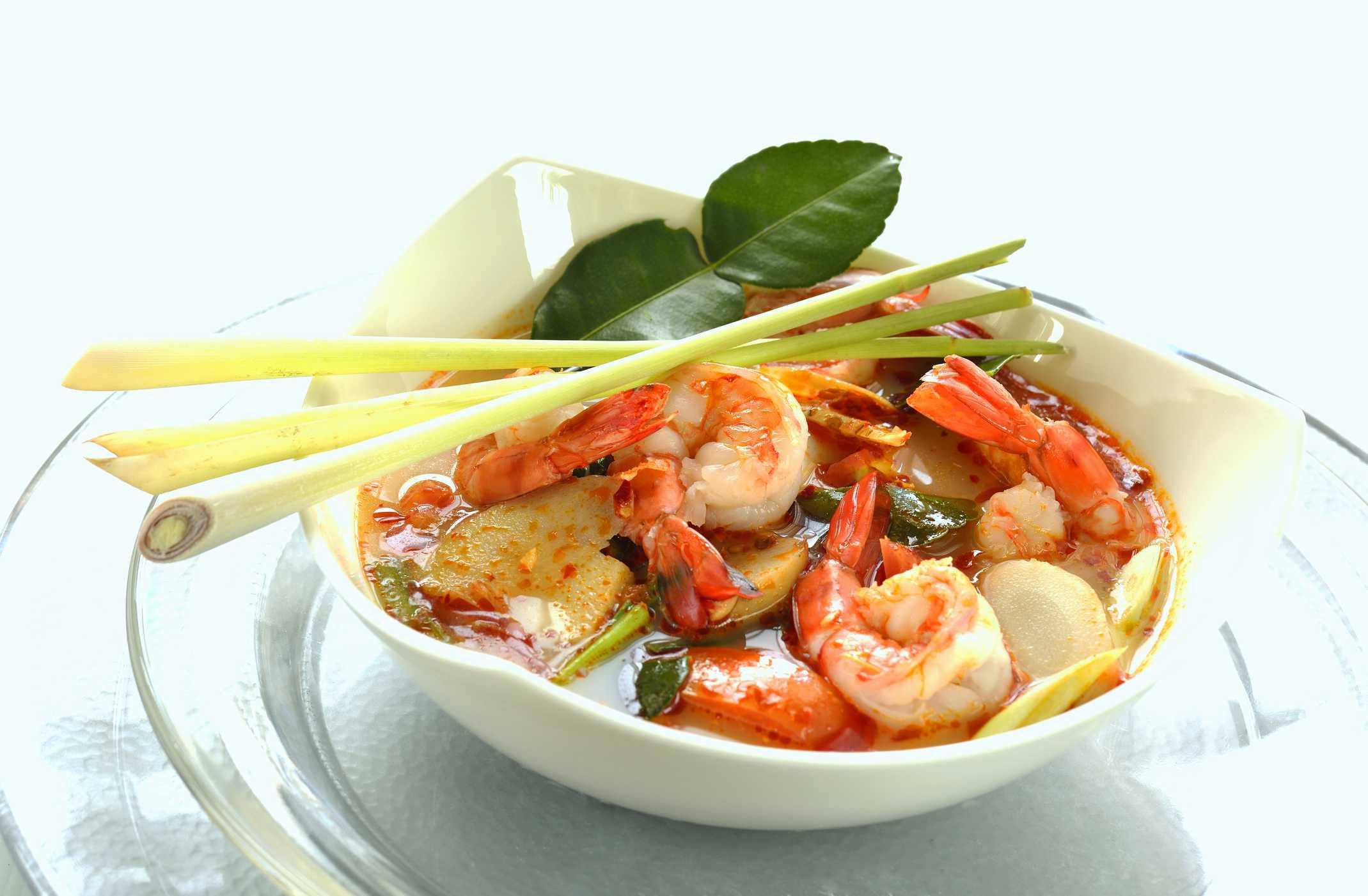 Prawn soup with lemongrass (Thailand)