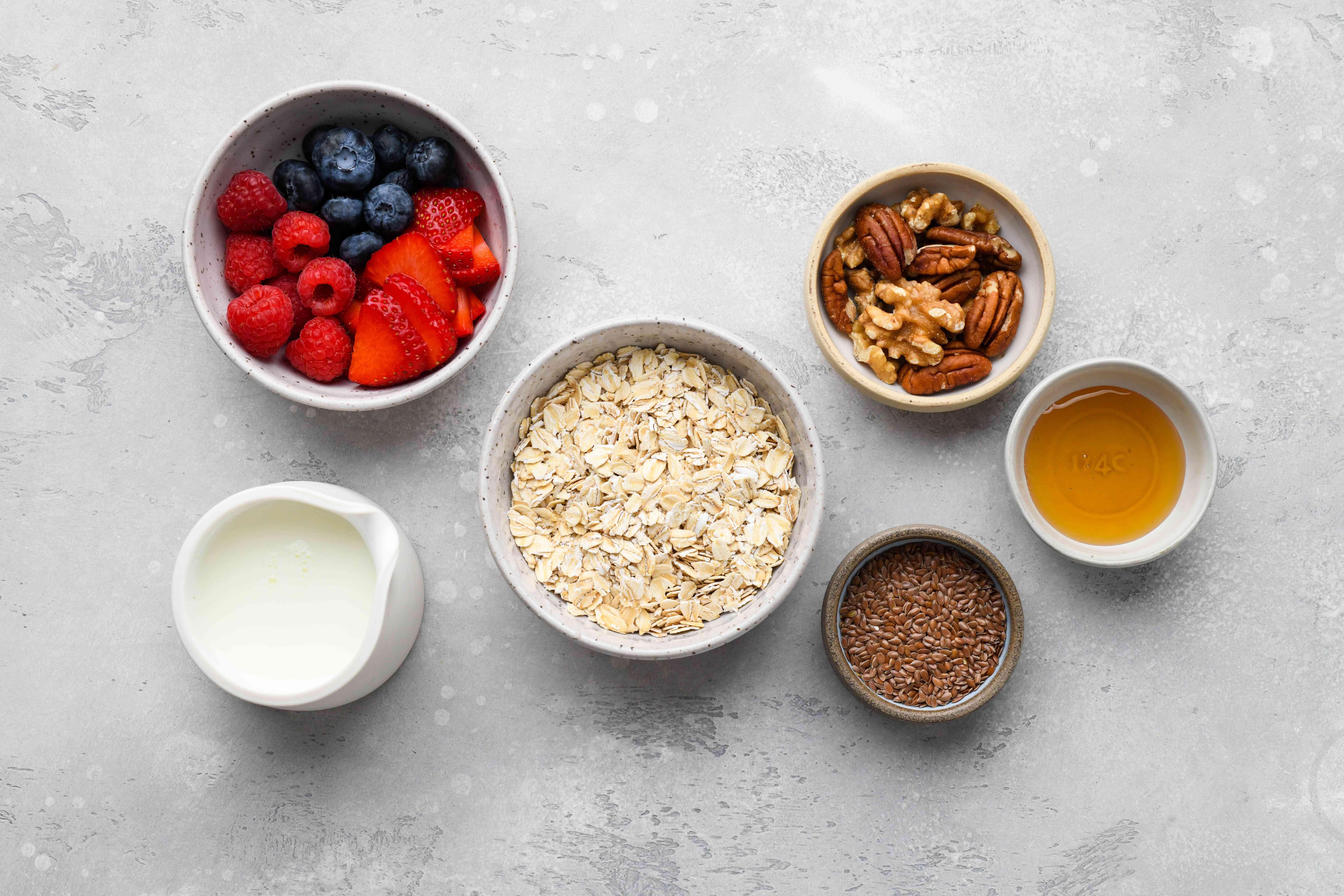Gluten-Free Overnight Oats ingredients