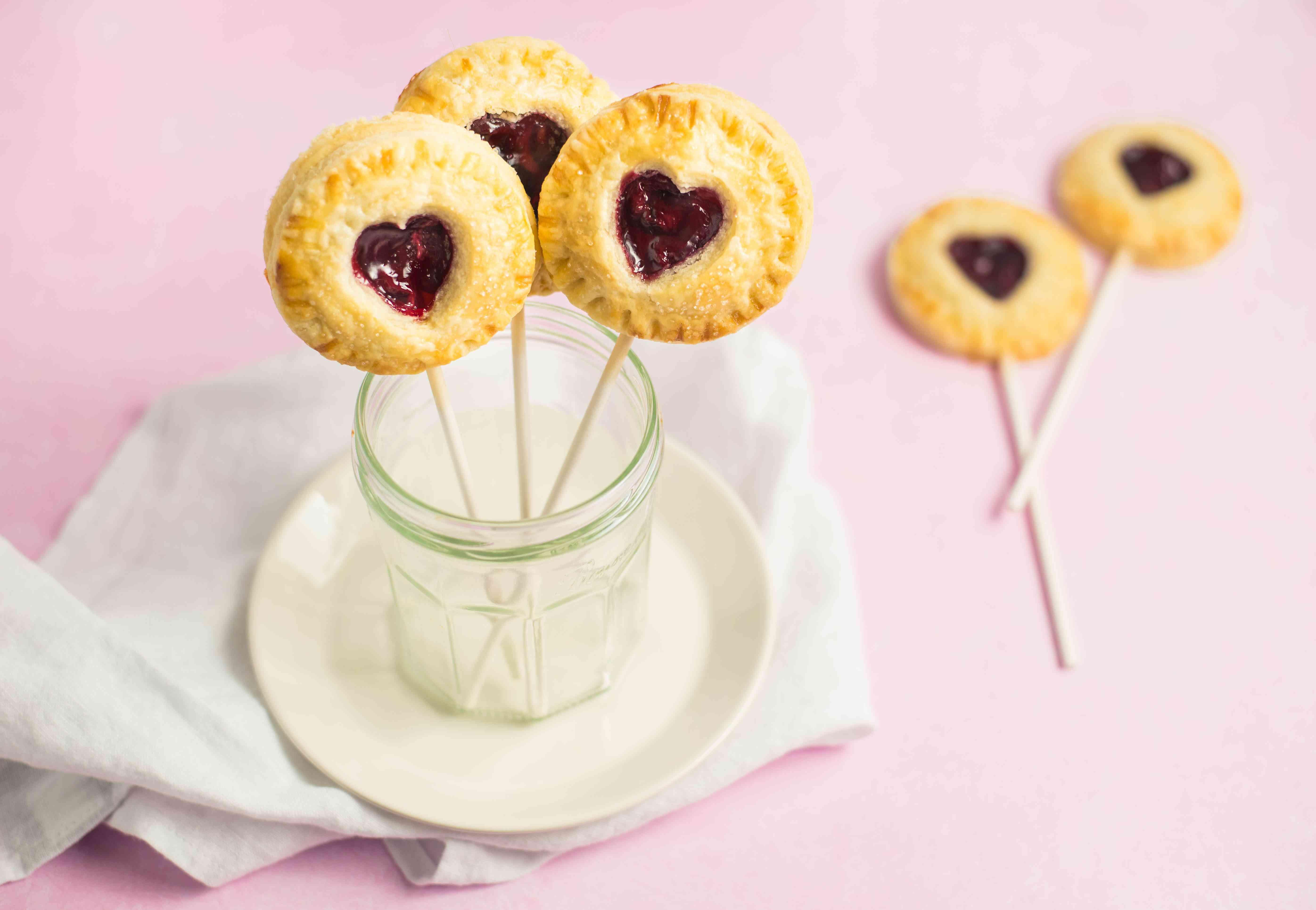 Sweet heart pie pops recipe