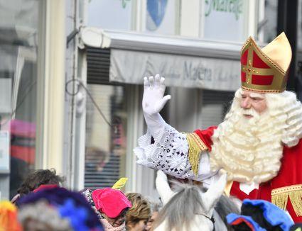 Sinterklaas arriving in the city of Kampen for the Sint Nicolaas festival