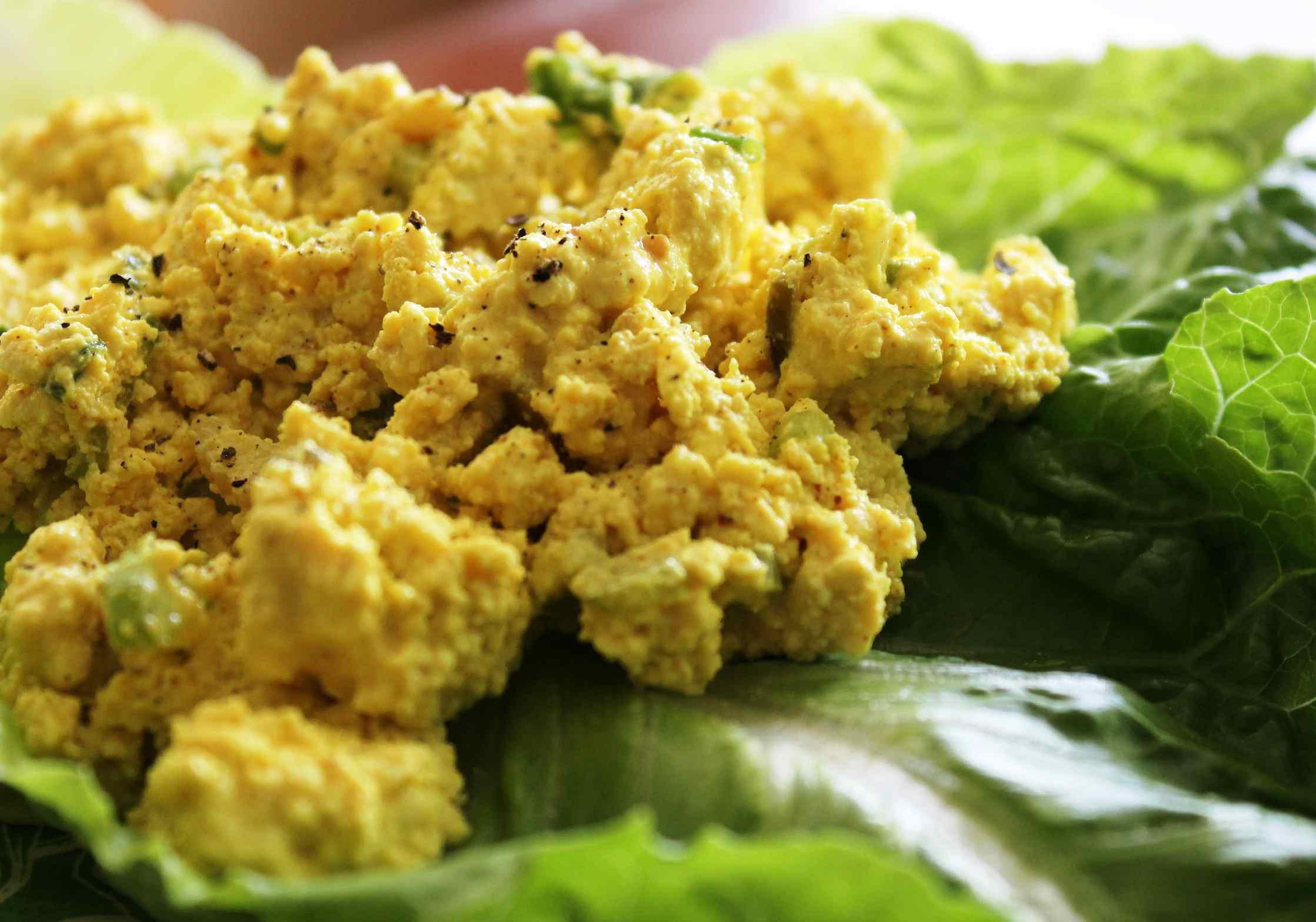 "Vegan tofu ""egg"" salad"