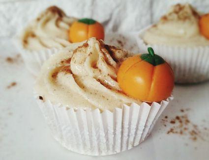 Vegan pumpkin cupcakes with pumpkin candy garnish