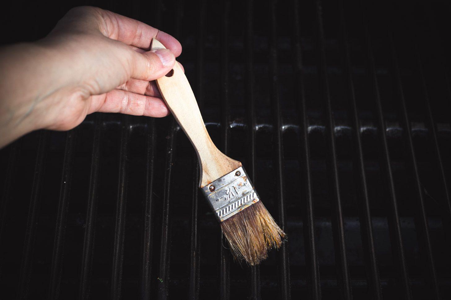 Brush grill