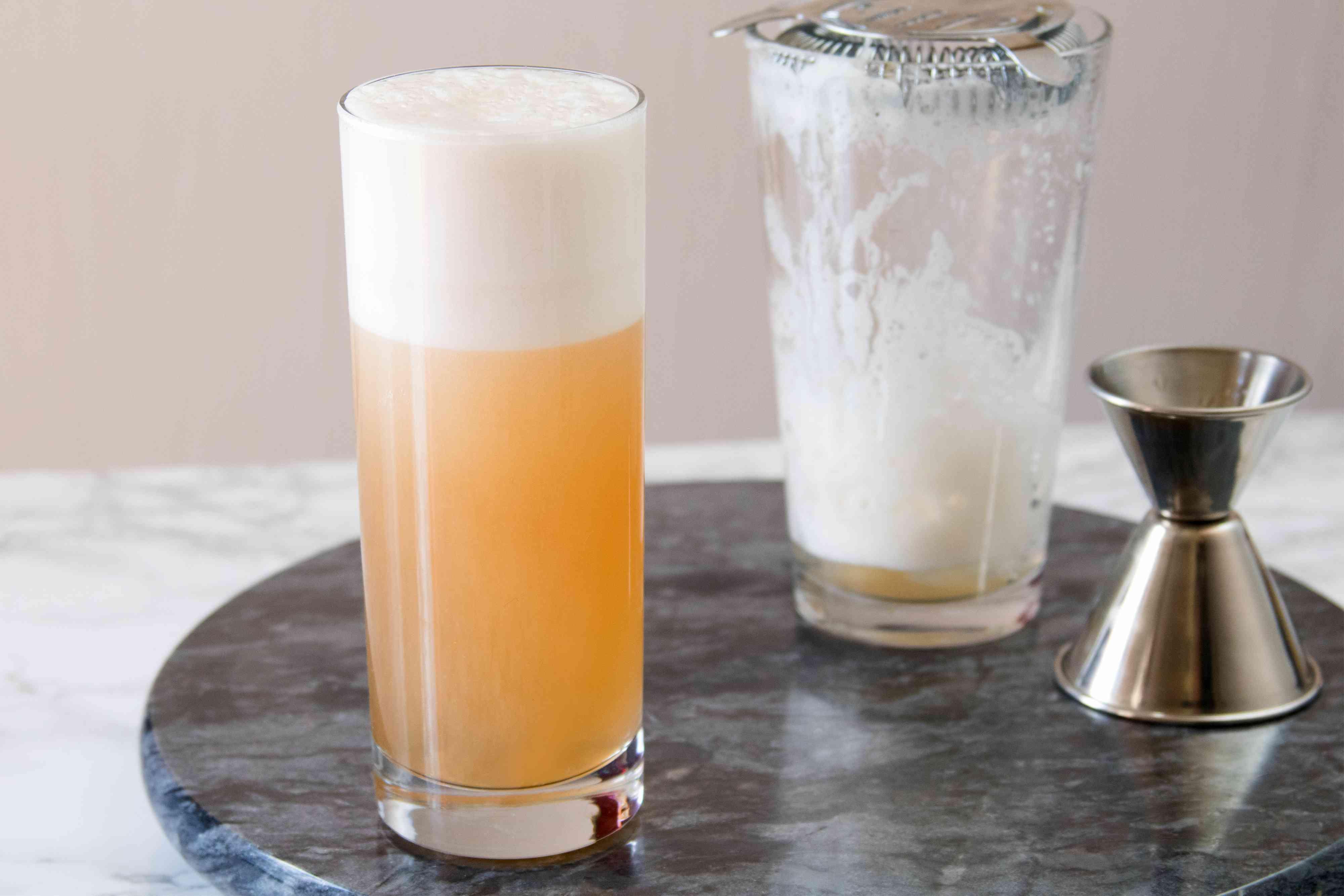 Chicago Fizz Cocktail