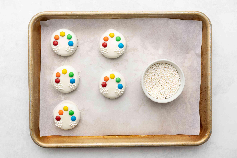 pear sprinkles on the cookies