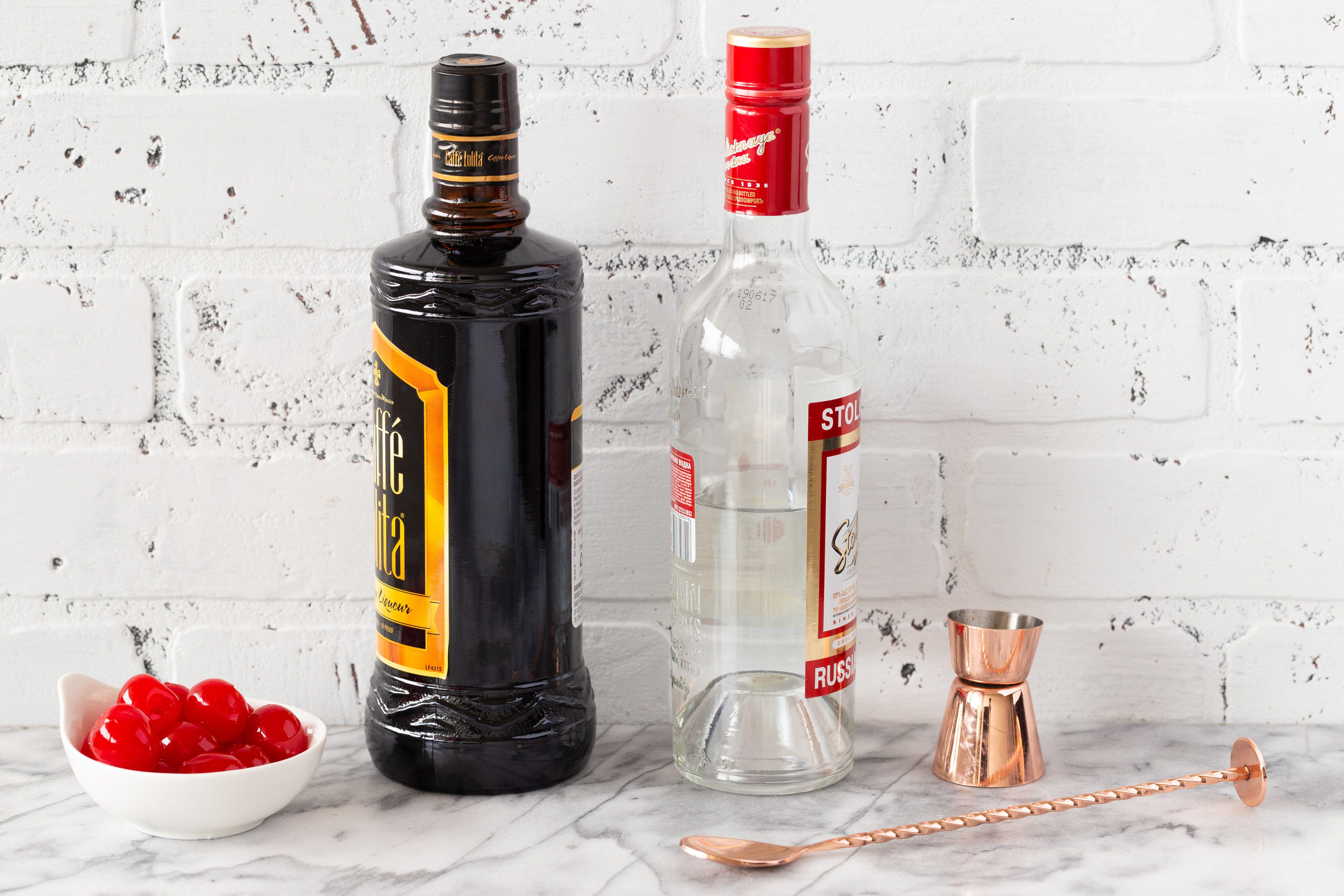 Black Russian recipe ingredients
