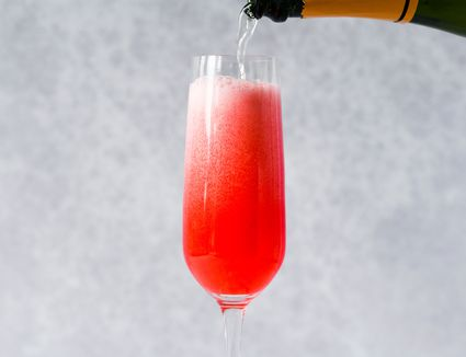 Raspberry Bellini: A Champagne Cocktail With Fresh Berries