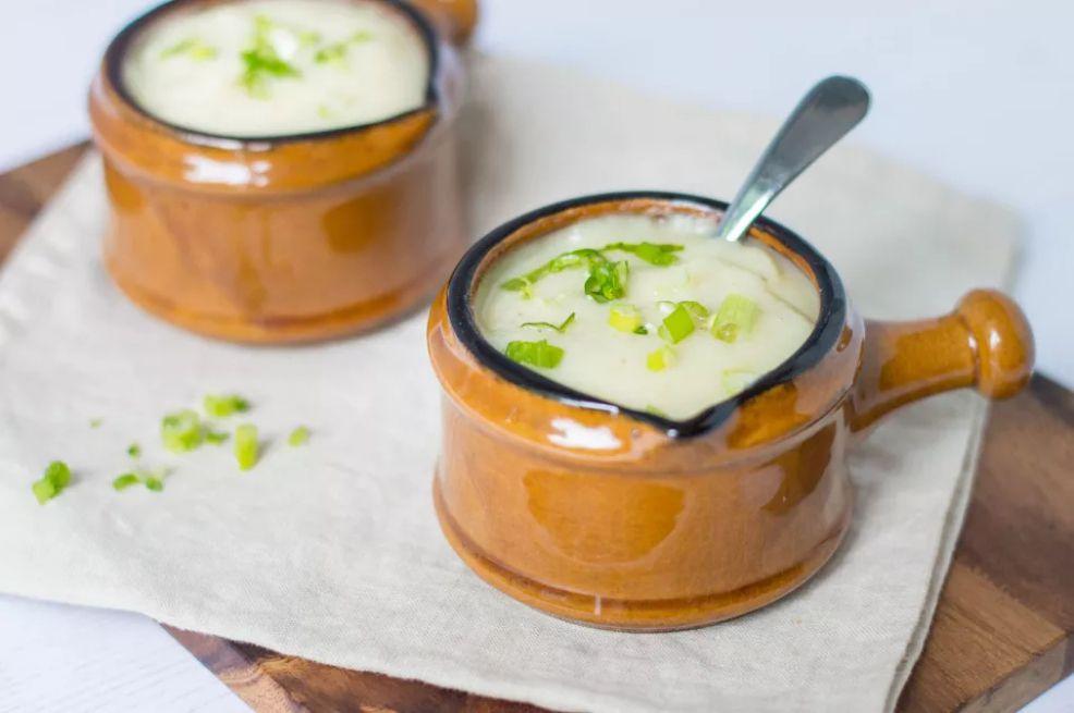 Vegan Cauliflower and Potato Soup