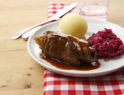 Polish roulade (zrazy) with dumpling and red cabbage