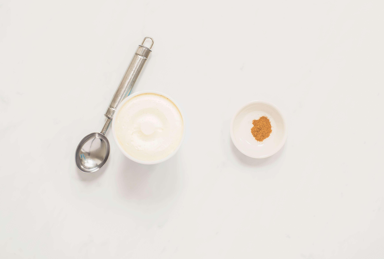 Ingredients for cinnamon ice cream