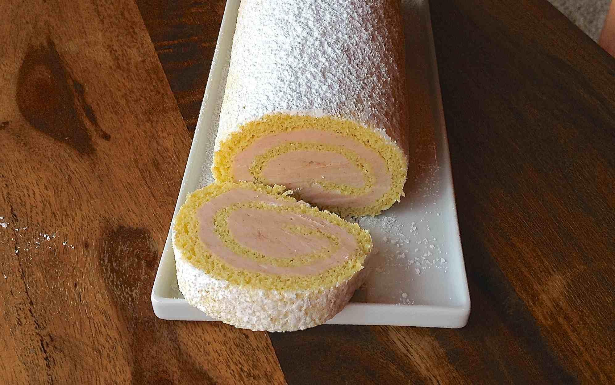 Guava Cake Roll - Rocambole de Goiaba