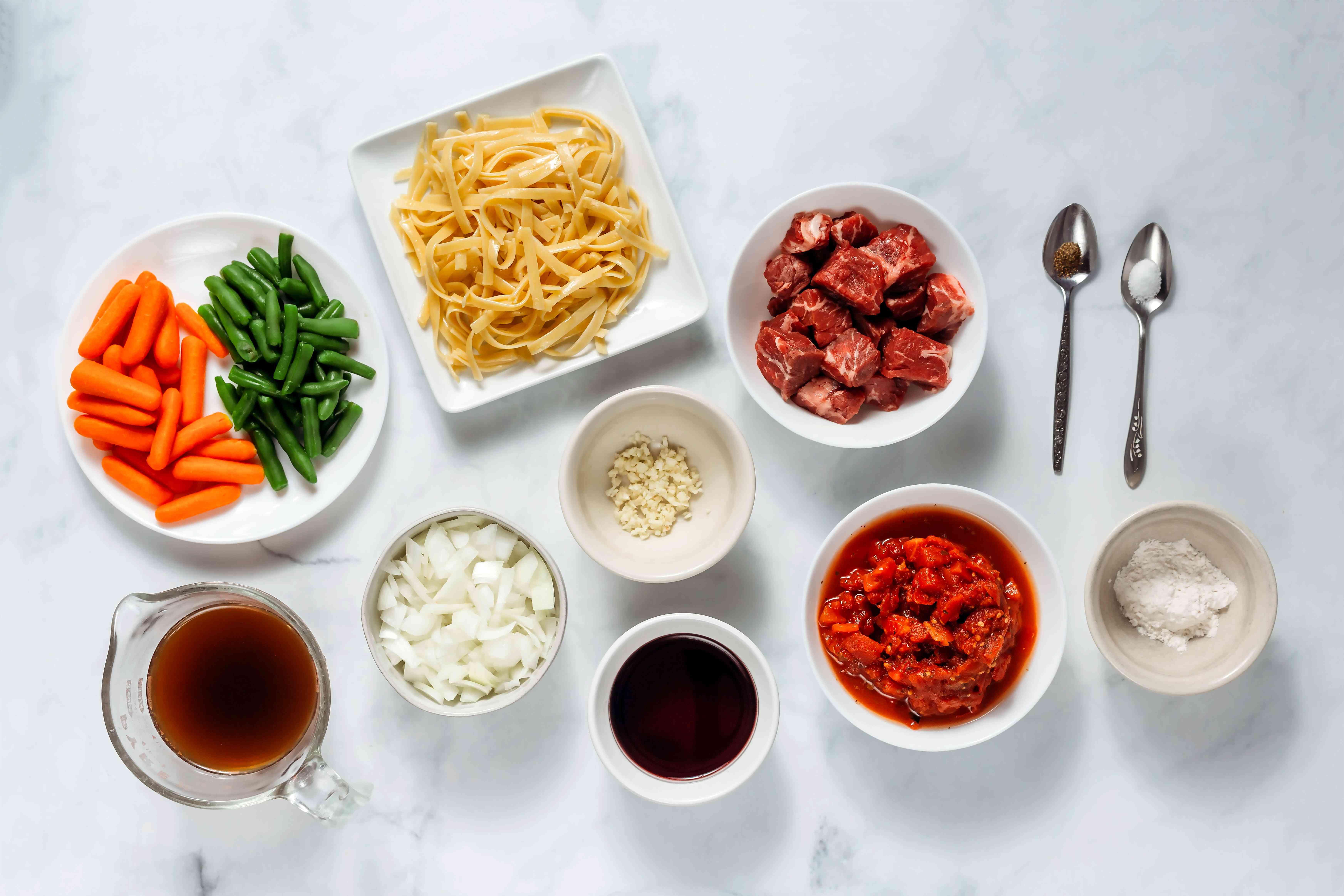 Healthy Crockpot Beef Stew ingredients