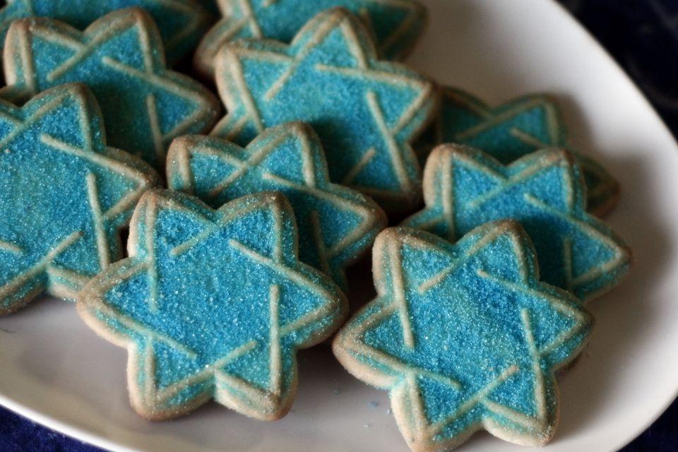 Galletas de Hanukkah de lácteos o parveras decoradas recortadas