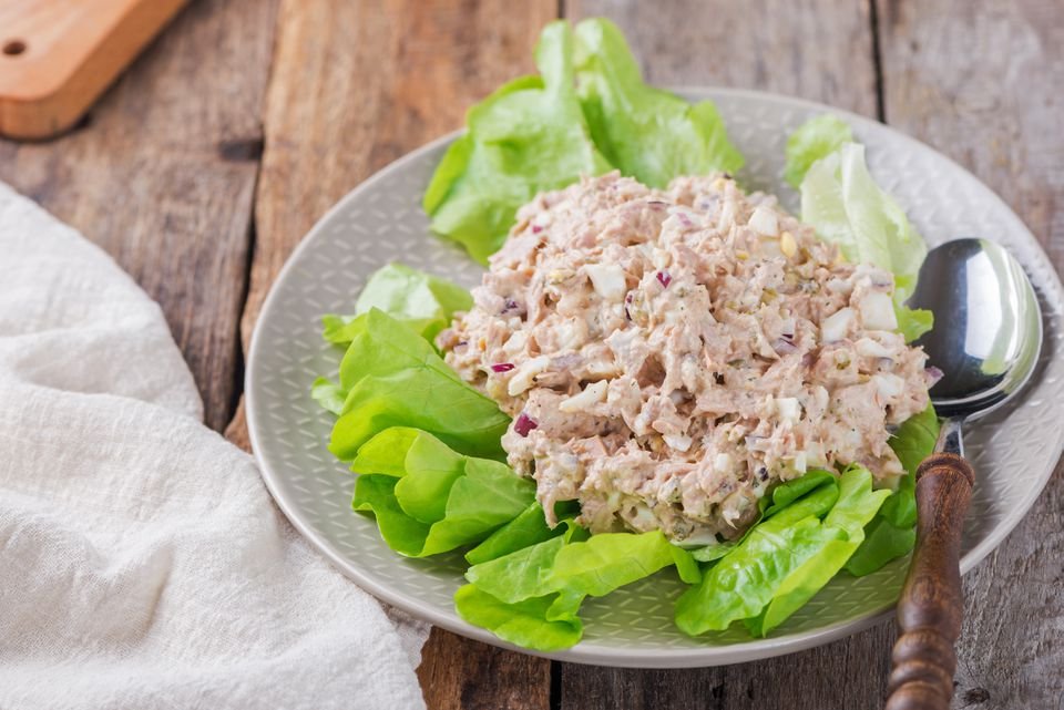 Tuna salad with chopped eggs