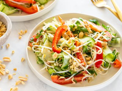 15-Minute Raw Pad Thai Salad to Get a Meal Going