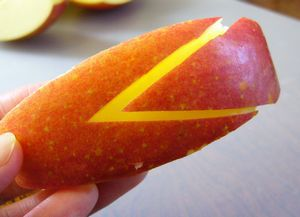 Remove the triangle from the apple