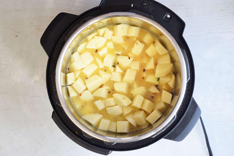 instant-pot-potato-soup-4771317-06