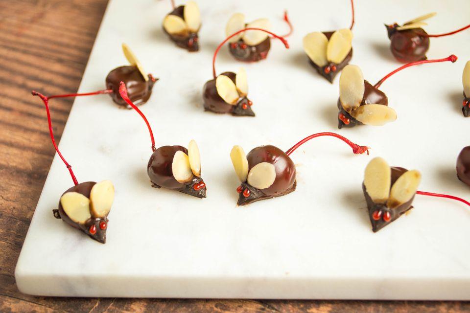 Ratones de cereza cubiertos de chocolate