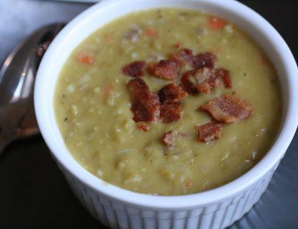 Erbsensuppe - German pea soup