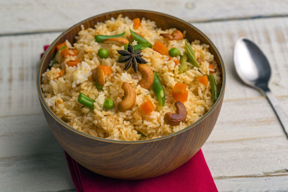 Cashew and vegetable fried rice