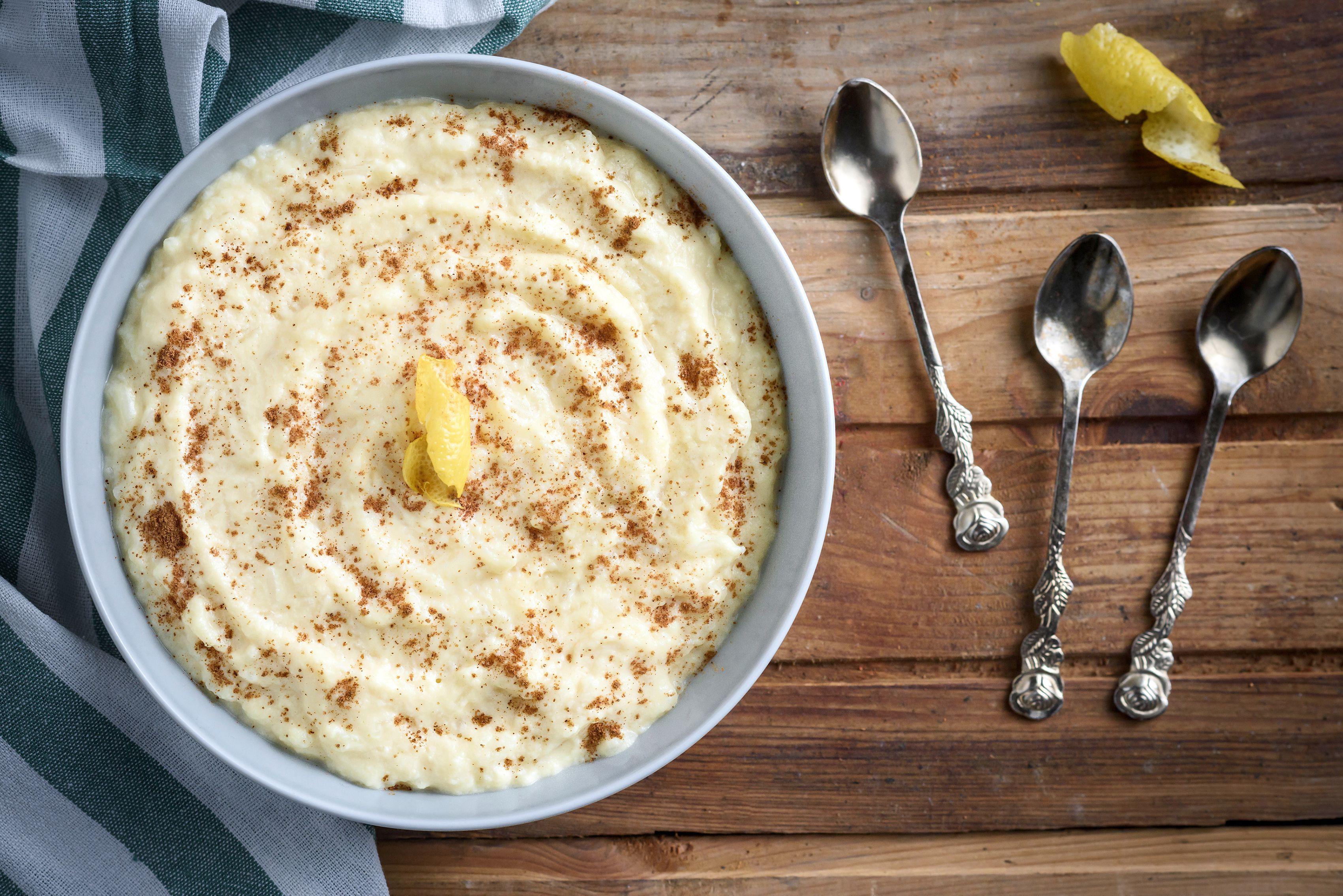 Greek rice pudding