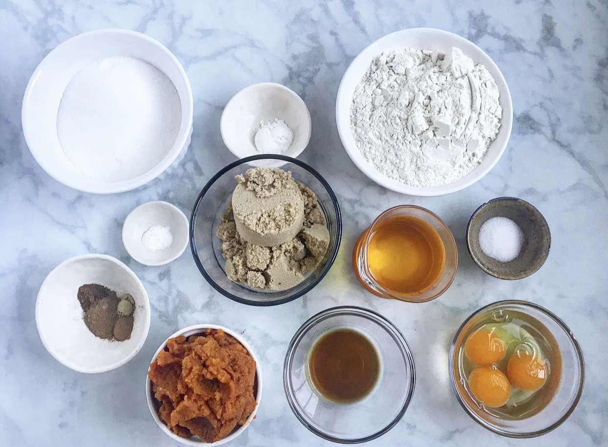 Ingredients for pumpkin cake doughnuts