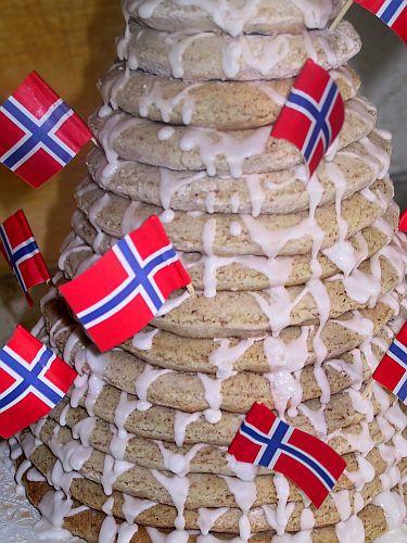 Norwegian Kransekake