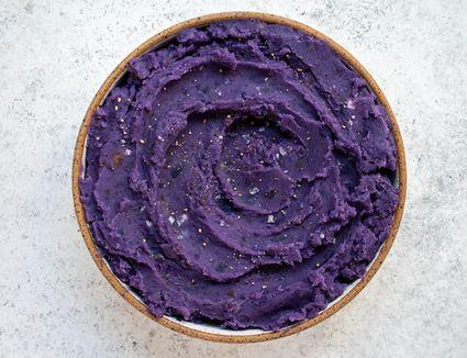Okinawa Sweet Potatoes (Hawaiian Purple Potatoes With Coconut Milk)