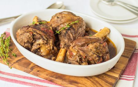 Crock Pot Lamb Shanks