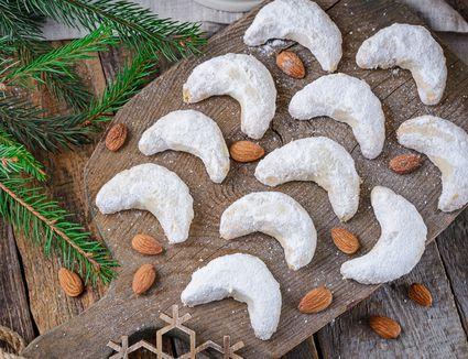 Vanilla crescents recipe