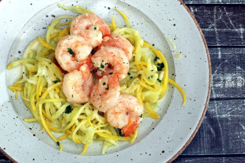 Low-Carb Shrimp With Creamy Garlic Sauce