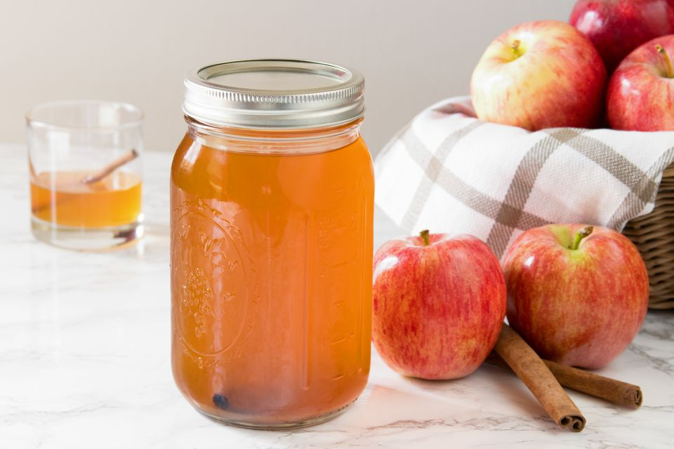 Homemade Apple Pie Moonshine