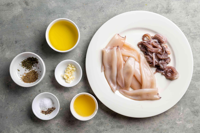 Grilled Calamari - Kalamari tis Skaras ingredients