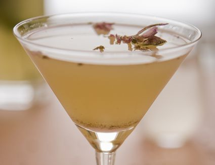 Easy lavender martini