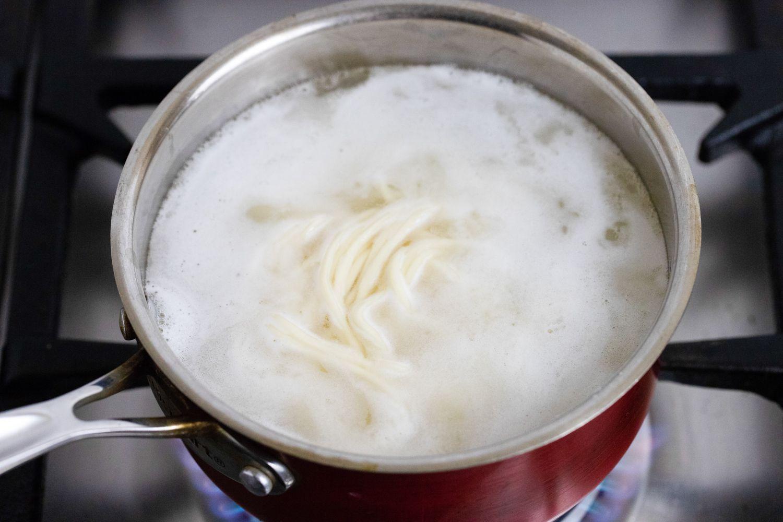 boil noodles