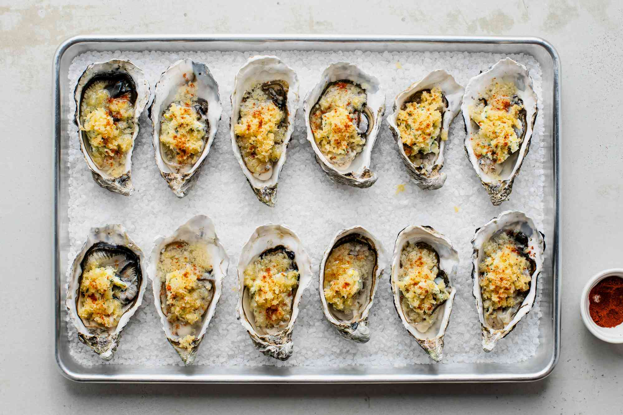 Oysters sprinkled with paprika