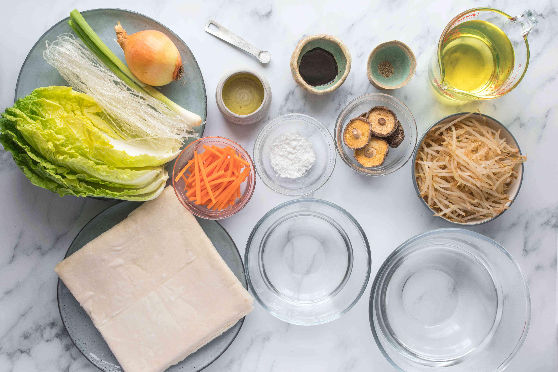 Ingredients for vegetable harumaki