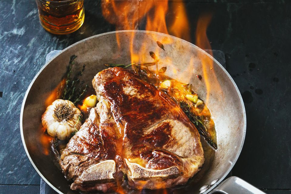 Learn what recipes to cook jamaican rum with and more t bone steak rum flambe forumfinder